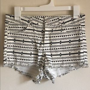H&M Black and White Heart Patterned Shorts Size 8